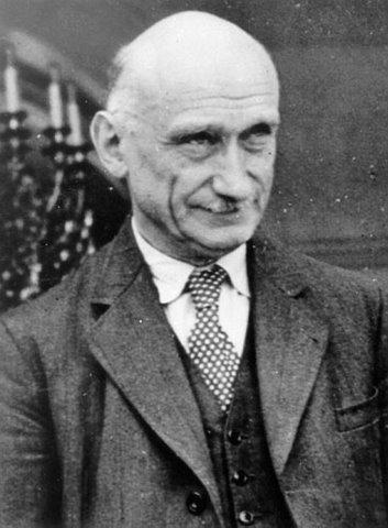 M. Robert Schuman