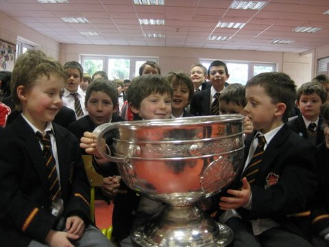 Senior Infants photographed with Sam Maguire