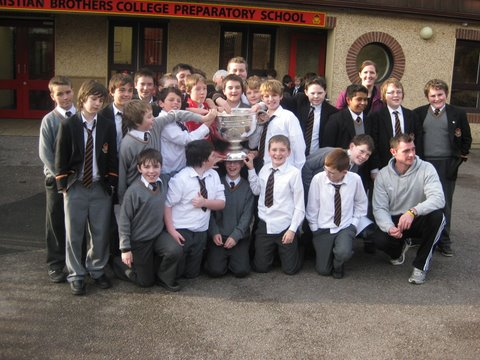 Sixth Class with Sam Maguire and Donnacha O'Connor