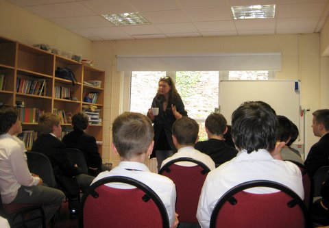 Rachel Sarah Murphy in the Library with Sixth Class